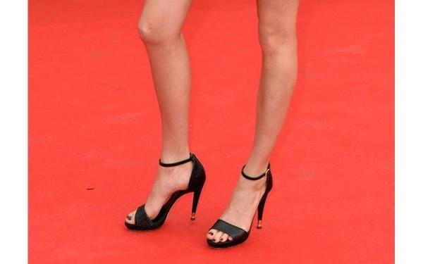 Πως να φορέσεις τακούνια ΧΩΡΙΣ να σε πονέσουν τα πόδια.