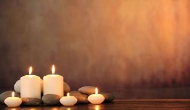Το απόλυτο tip για να μην στάξουν ποτέ ξανά τα κεριά σας