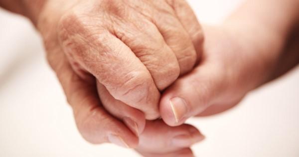 Οι γιαγιάδες μας θα είναι πάντα εδώ ακόμα κι αν φύγουν