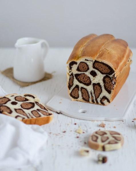 Το λεοπάρ κέικ που έχει προκαλέσει φρενίτιδα σκίζει και σε γεύση και σε εμφάνιση