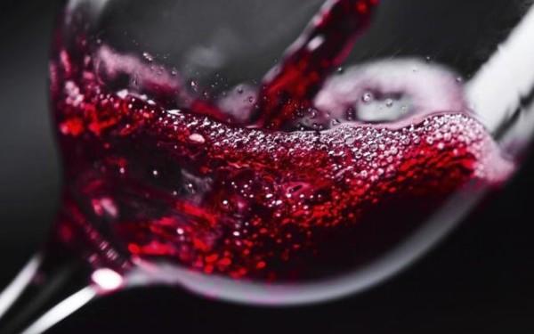 Έρευνα δείχνει ότι ένα ποτήρι κόκκινο κρασί ισοδυναμεί με μία ώρα στο Γυμναστήριο.