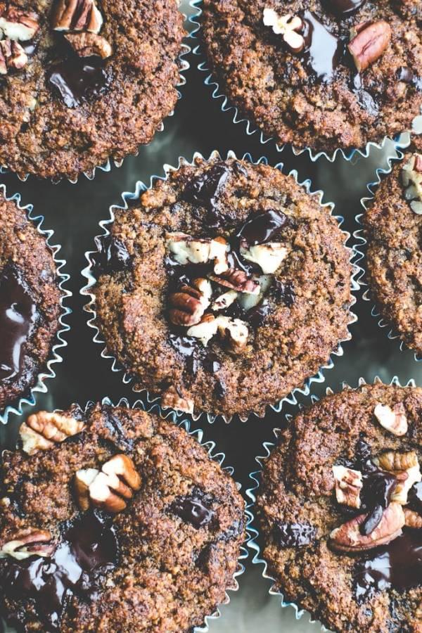 chocolate-chip-banana-pecan-muffins-2