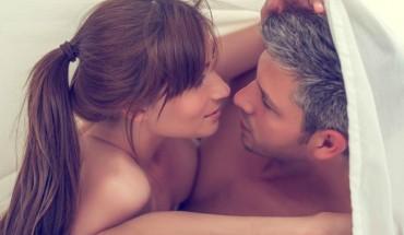 sleep_couple_fm