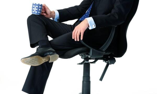 Δείτε γιατί δεν πρέπει ποτέ να κάθεστε σταυροπόδι