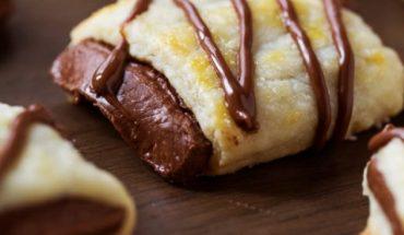 Μπισκότα- κρουασάν σοκολάτας
