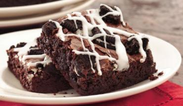 Μπράουνις με μπισκότα σοκολάτας