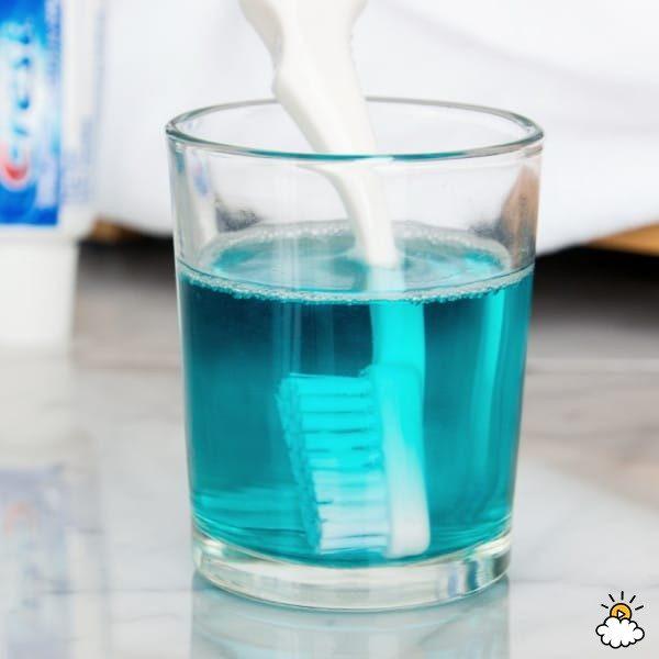 Βρέχει με στοματικό διάλυμα Listerine 10