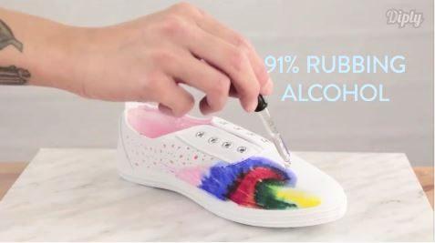 ΜΗΝ Πετάτε τα παλιά σας Αθλητικά Παπούτσια! 4