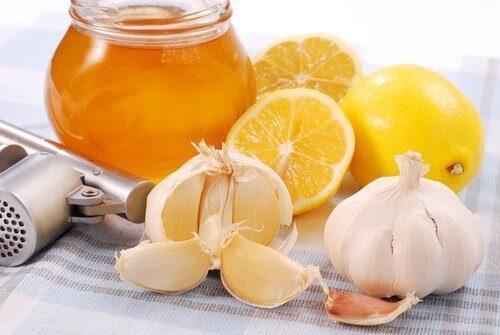 ωφέλειες 7 ημερών με μέλι και σκόρδο 5