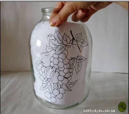 Πώς να περάσετε σχέδιο πάνω σε γυάλινο βάζο! 4