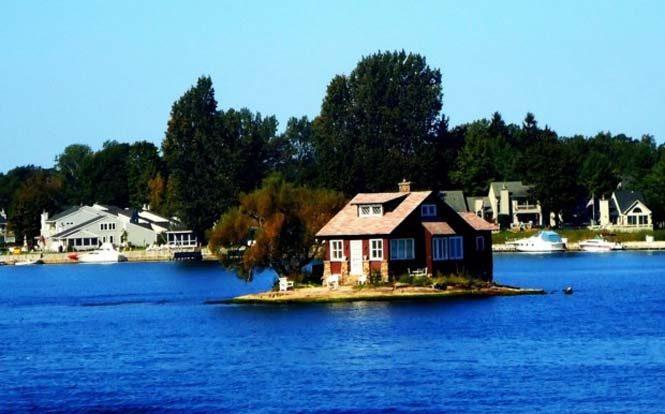 Το νησάκι που χωράει μόνο ένα σπίτι 2