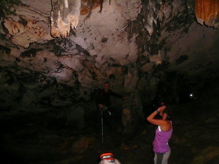 Σπήλαια στην Αττική; Και όμως υπάρχουν. Γνωρίστε τα 4 ωραιότερα! 8