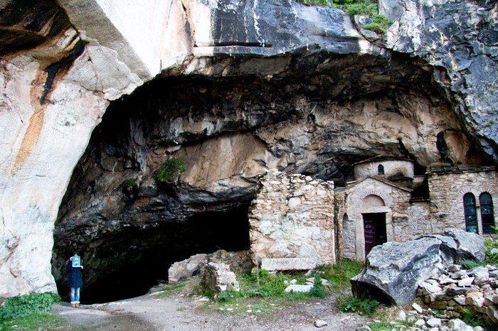 Σπήλαια στην Αττική; Και όμως υπάρχουν. Γνωρίστε τα 4 ωραιότερα! 10