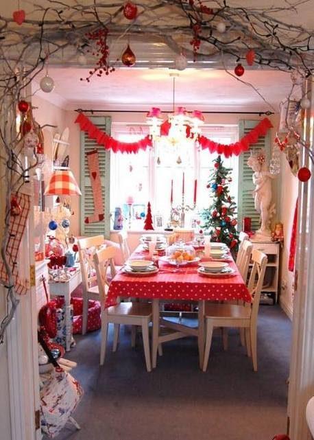 Πώς να στολίσετε το Χριστουγεννιάτικο τραπέζι σας  11