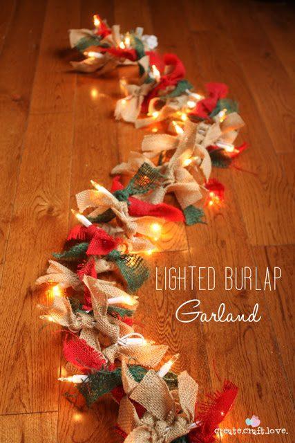 Πως να φτιάξουμε Χριστουγεννιάτικη Γιρλάντα με Φωτάκια και Λινάτσα!  6