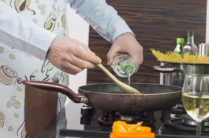 10 μύθοι και αλήθειες για τις τροφές που πρέπει να γνωρίζετε για να επιβιώσετε. 4