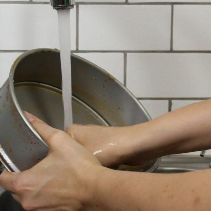 Αφαιρέστε τη Σκουριά από Μεταλλικά Σκεύη Γρήγορα και Οικονομικά 6