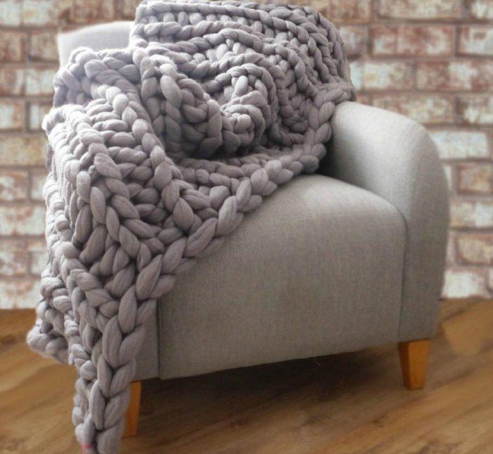 DIY: Δείτε Πώς θα Πλέξετε Αυτή την Κουβέρτα Μέσα σε 1 Μέρα 4